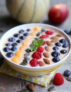 Smoothie bowl pêche / melon